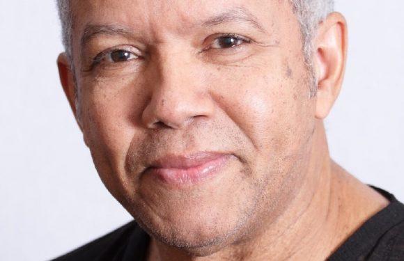 """El cantautor Ernesto Pineda estrenará """"Piano y Bar"""" en Lucía 203"""