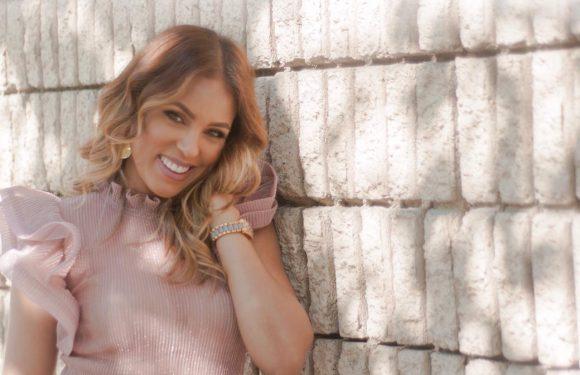 Yokasta Díaz se une como voz comercial a Univisión Radio