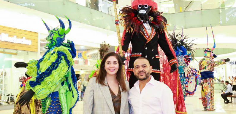 """Luis Rivas expone """"Carnavales de mi Tierra"""""""